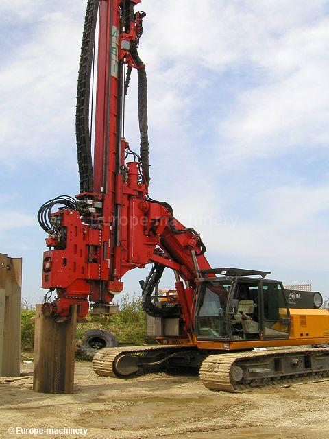 Pile-driving machine