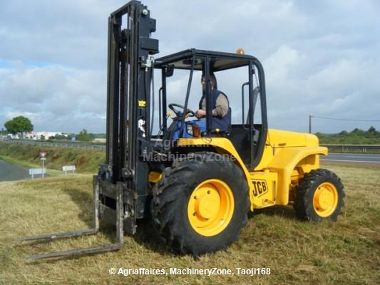All-terrain forklift